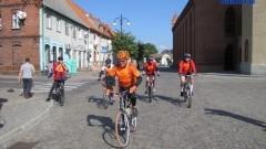 Uczestnicy maratonu rowerowego Żuławy Wkoło gościli w Nowym Stawie - 29.09.2012