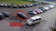 Kolejni mistrzowie parkowania w okolicy Galerii Malborskiej - 12.11.2012