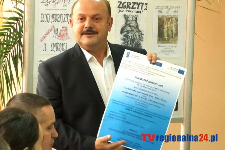XXVIII SESJA RADY MIEJSKIEJ W DZIERZGONIU - 17.10.2013