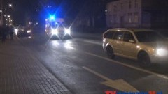 PIJANY KIEROWCA UDERZYŁ W SAMOCHÓD POLICJANTA I CZOŁOWO W SKODĘ NA KONOPNICKIEJ W MALBORKU - 21.11.2013
