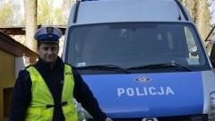 POLICJANT JADĄC NA SŁUŻBĘ POMÓGŁ NIEPRZYTOMNEMU MĘŻCZYŹNIE W SZTUMIE – 17.04.2014