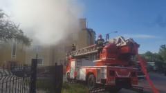 13 zastępów straży pożarnej walczyło z pożarem poddasza w Malborku na Zakopiańskiej – 25.05.2016
