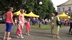 Obchody Dnia Dziecka w Malborku w ogrodzie za budynkiem Centrum Informacji Turystycznej - 01.06.2016