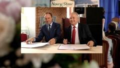 Ponad 13,5 mln na żuławskie zabytki. Podpisanie umowy w Nowym Stawie - 14.06.2016