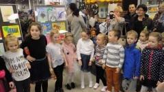 """Malbork. """"Zwierzątka z bajek"""" - XV wystawa prac plastycznych dzieci z Przedszkola nr 10 - 6.04.2017 r."""
