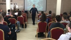 Malborscy policjanci zachęcają młodzież do pracy w Policji - 12.05.2017