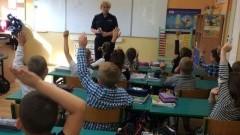 """Akcja """"Bezpieczna droga do szkoły"""", czyli cykl spotkań dla dzieci i młodzieży z malborskich szkół i przedszkoli - 12.09.2017"""