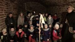 """Uczniowie malborskiej Szkoły Podstawowej nr 3 odwiedzili zamek w ramach """"Dnia z UNESCO"""" - 08.12.2017"""