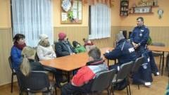 Porozmawiajmy o bezpieczeństwie! Czyli spotkanie policjantów ze Starego Pola z mieszkańcami Ząbrowa! - 07.02.2018