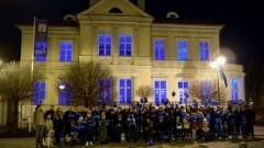 Malbork wspiera osoby z autyzmem, budynek Muzeum Miasta Malborka zabłysł na niebiesko