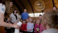 Centrum Nauki Kopernik zawitało do Miłoradza. W zajęciach wzięło udział ponad 400 osób!