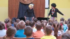 """Malbork : Występ Teatru """"Kurtyna"""" z okazji Światowego Dnia Zdrowia w Szkole Podstawowej nr 3"""