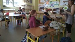 """""""Jedzenie i napoje"""" w języku włoskim - kolejnym tematem zajęć w malborskiej Szkole Podstawowej nr 3 z wolontariuszką Marią"""