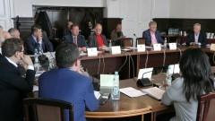 Powiat sprzeda szkołę dla Gminy Nowy Staw. Ministerstwo musi oddać ponad 1,6 mln. XXX sesja Rady Powiatu Malborskiego