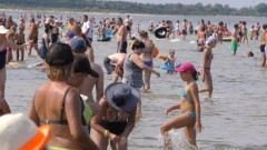 """""""Woda ciepła i są dyskoteki"""" - Projekt plaża w Jantarze."""