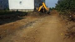 Rozpoczęto prace modernizacyjne na terenie osiedla mieszkalnego w Miłoradzu.