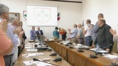 Nagrody dla uczniów i pożegnanie wicedyrektor. LV sesja Rady Miejskiej w Nowym Stawie.