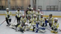 Zawodnicy malborskiego UKS Bombek SP3 rozpoczęli sezon na lodzie.