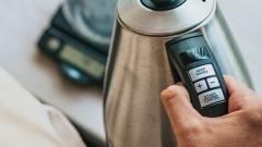 Nowy czajnik elektryczny – jak przygotować go do pracy i zadbać o długie życie małego AGD?