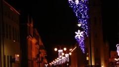 Świąteczna iluminacja ulic w Nowym Stawie.