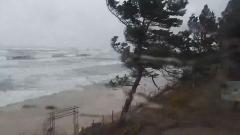 Gmina Stegna: Uszkodzone zejścia na plażę.