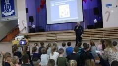Bezpieczne ferie: Spotkania policjantów z uczniami powiatu malborskiego.