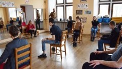 """Trwają próby do spektaklu """"KRZYŻACY ROCK-OPERA junior""""z udziałem malborskiej młodzieży"""