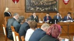 Radni nie zgadzają się z decyzją wojewody w sprawie MZK. Sprawa trafi do sądu.