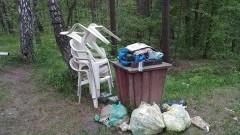 Mikoszewo: Śmieci pozostały, a właściciela brak...