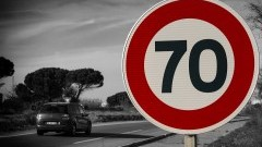 """W piątek policyjne działania """"Bezpieczna droga krajowa nr 22"""" oraz """"Prędkość na drodze krajowej nr 6""""."""