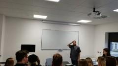 Uczniowie I LO w Centrum Dydaktyki i Symulacji Medycznej w Elblągu