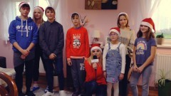 Spełnijmy marzenia podopiecznych z domu dziecka. Obejrzyj zapowiedź II Mikołajkowego Biegu Dobroczynnego w Malborku.