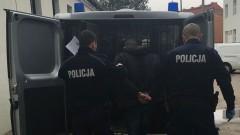 Po liczbie postawionych mu zarzutów nie dziwne, że uciekał przed policjantami.