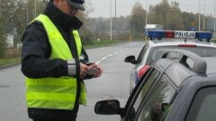 Na podwójnym gazie i z zakazem prowadzenia – weekend na malborskich drogach.