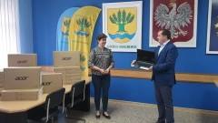 Nowe laptopy trafiły do szkół w Gminie Malbork.