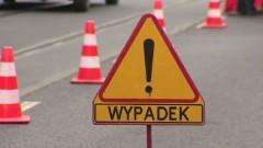 W zderzeniu osobówki i skutera dwie osoby trafiły do szpitala – weekendowy raport malborskich służb mundurowych.