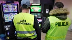 Tczew. Policjanci zabezpieczyli maszyny hazardowe o łącznej wartości 100 tys. zł.