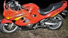 Tczew. Motocyklista zginął po uderzeniu w drzewo.
