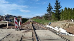 Koniec prac na przejeździe kolejowym w Nowej Wsi Malborskiej. Do położenia został nowy asfalt.