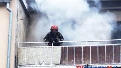 Policjanci ewakuowali 20 osób z pożaru kamienicy w Malborku – 01.10.2015