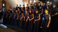 Tajlandzki chór z muzyką świata wystąpił w kolejnej odsłonie Zamkowych Kameraliów w Malborku z wyjątkowym repertuarem obejmującym różne style muzyczne - 17.05.2016