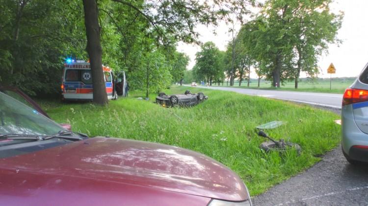 Dachowanie w Krasnołęce. Na szczęście niegroźne. Weekendowy raport malborskich służb mundurowych – 12.06.2017