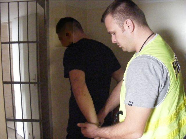 Malbork : Poszukiwany 19-latek z sądowym zakazem prowadzenia pojazdów aresztowany! - 16.10.2017