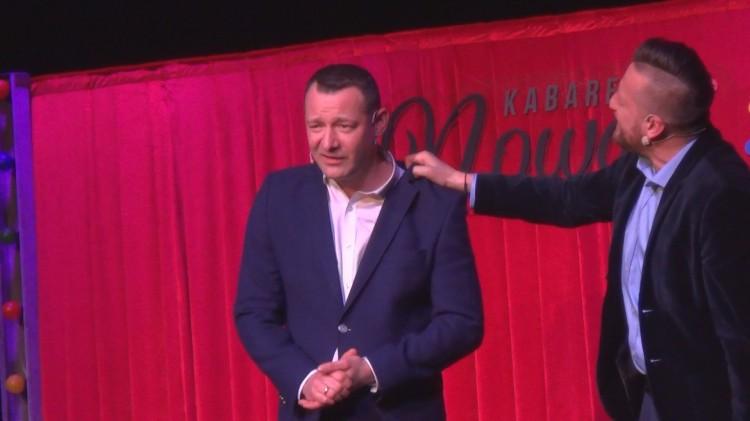 Kabaret Nowaki w Sztumskim Centrum Kultury. Rozgrzali śmiechem publiczność! – 09.02.2018