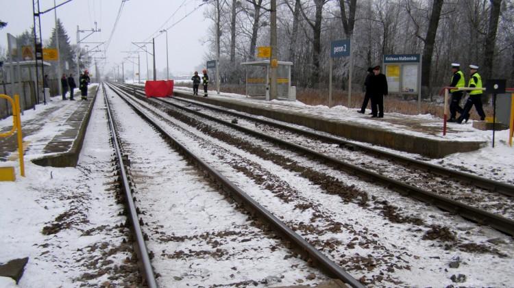 Krasnołęka: Mężczyzna stracił równowagę i wpadł pod pociąg. Weekendowy raport malborskich służb mundurowych – 10.02.2018