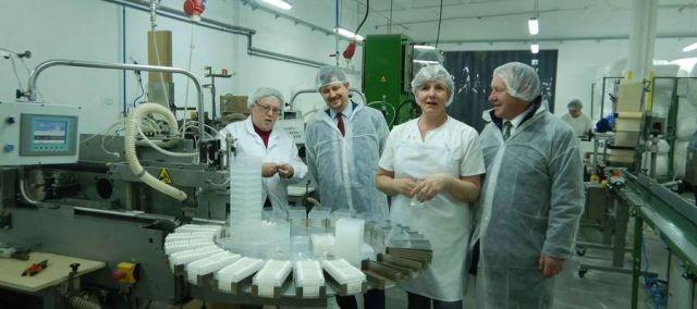 Wizyta Burmistrzów Malborka w firmie Prino Plast