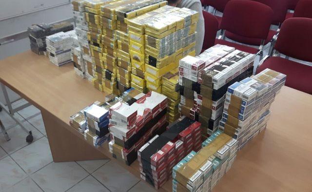 Pies służbowy Straży Granicznej udaremnił przemyt ponad 32 tysięcy papierosów