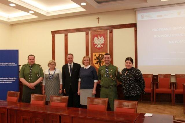 Malbork : Umowa na realizację projektu