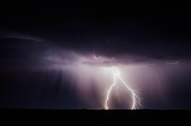 Uwaga na burze z gradem na Pomorzu.