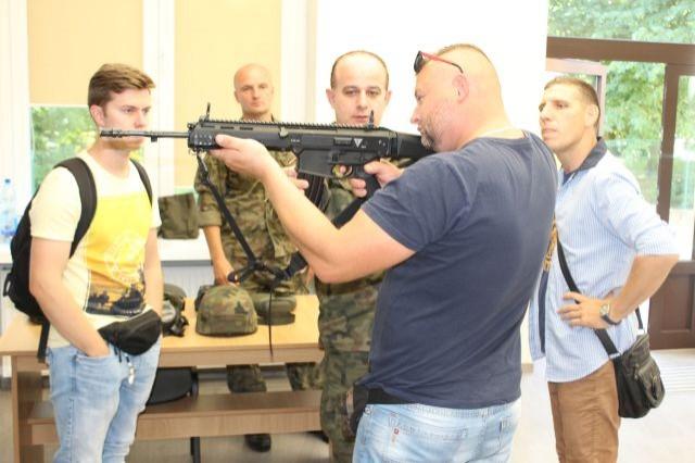 Przyszli żołnierze WOT z wizytą w 71 Batalionie Lekkiej Piechoty w Malborku